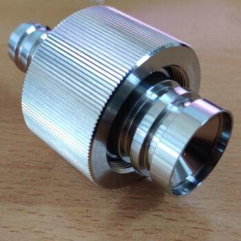 neuer Adapter Hitachi 714-0495 11907956001 JOINT Schlauchtülle