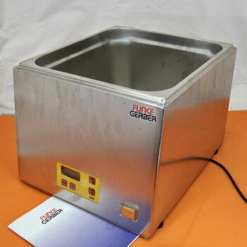 unbenutztes Labor-Wasserbad Funke Gerber WB 436 D mit Digitalsteuerung