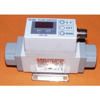 digital flow switch 50-500 L/min Luft SMC PF2A unbenutzt