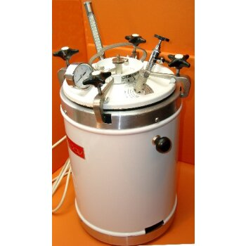 Laborautoklav WOLF Sanoclav LaM 20 Liter 3bar 143°C